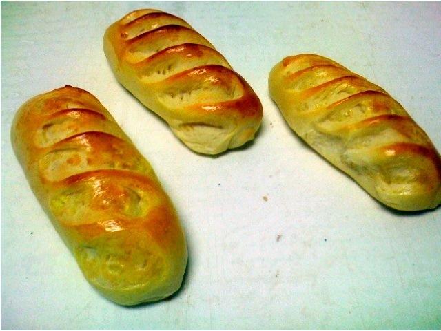 Half baguette viennoise