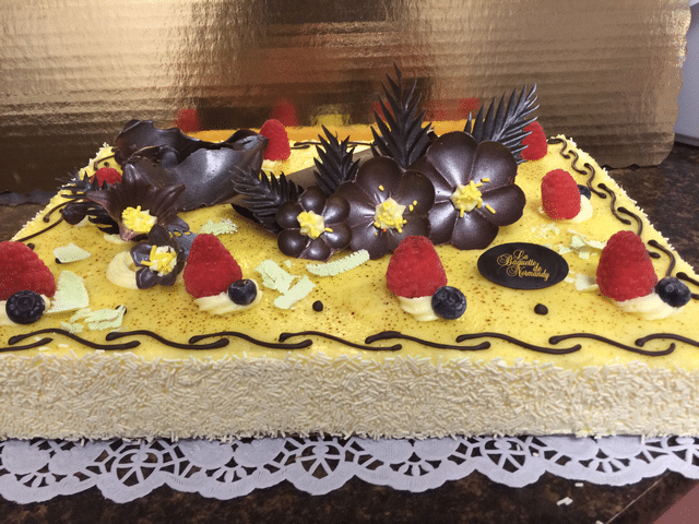 Forestier (mixed berry) cake