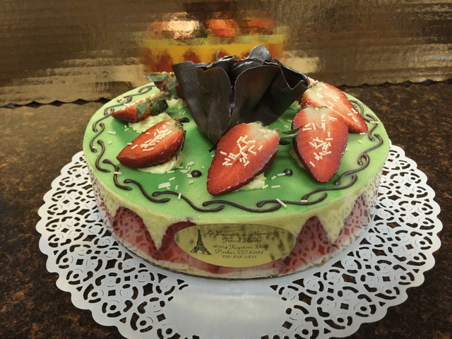 Fraisier (strawberry) cake