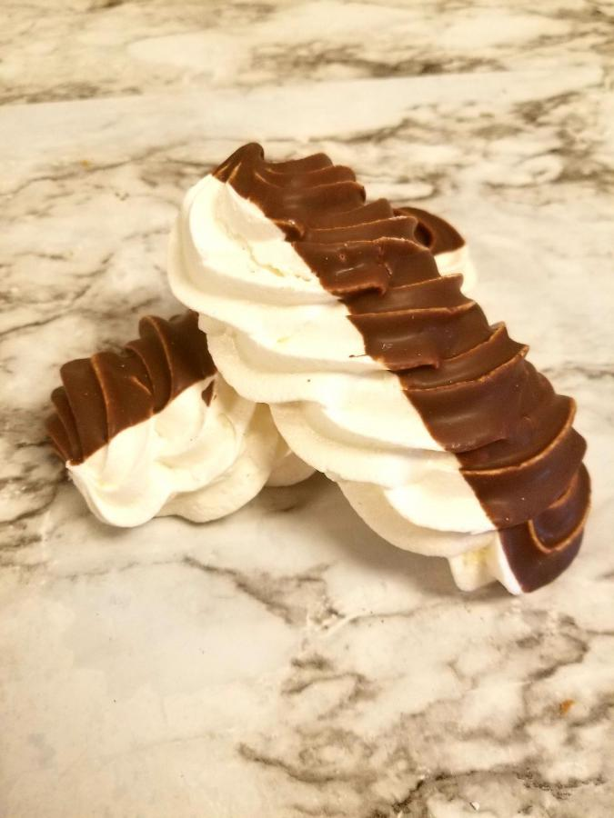 Chocolate Meringue