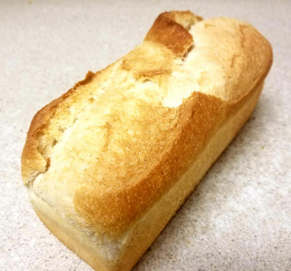 Square loaf bread