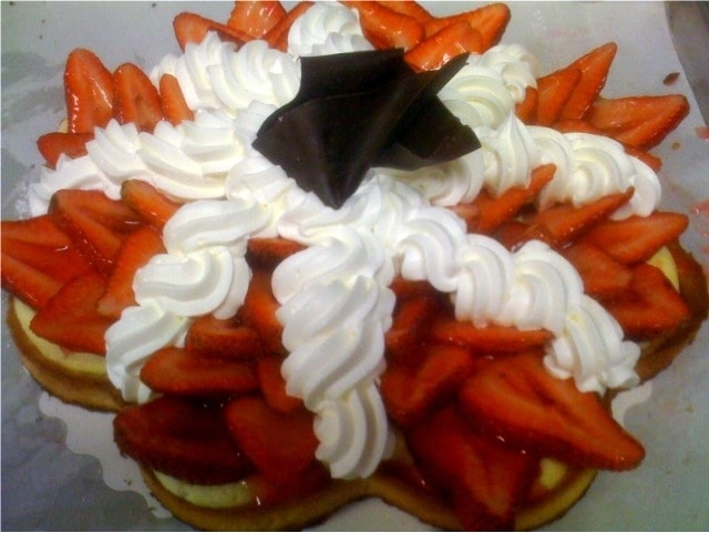 Chantilly strawberry tart