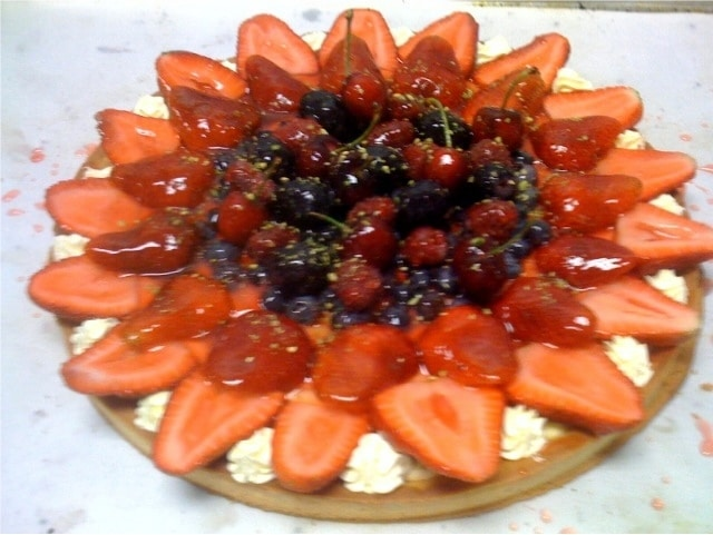 Forestier (mixed berry tart)