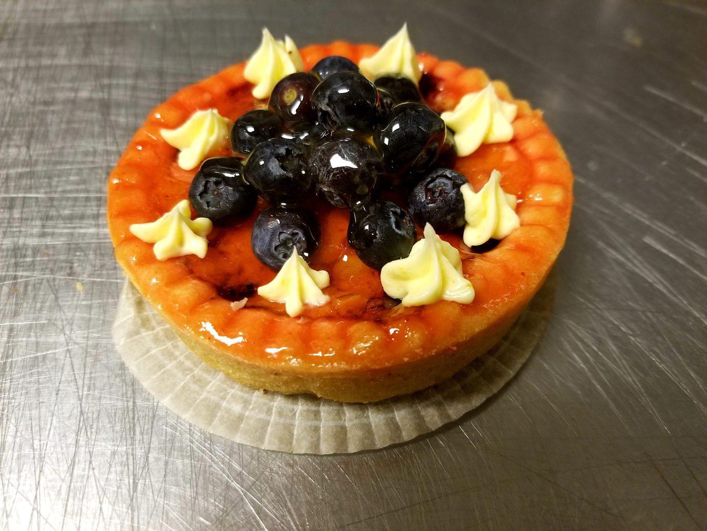 Blueberry amandine